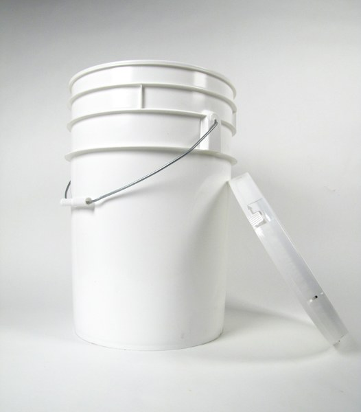 Primary pail 23L (used) with lid