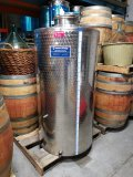 Used Tank - 750L, Closed Top with Sample Valve